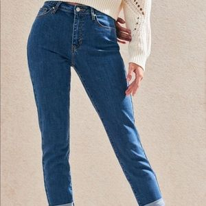 PacSun Cropped Mom Jeans